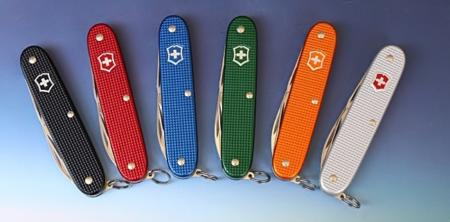 The full range of colours available for Victorinox Pioneer knives. 