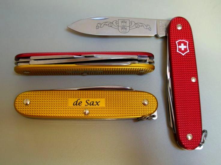 SAKWiki   Victorinox Pioneer - de Sax - BiColor 2010 Limited