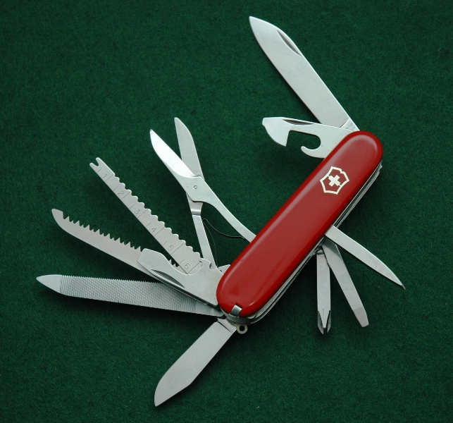 Victorinox Craftsman with Victoria stamped blade and clip point pen blade. Made c. 1973.