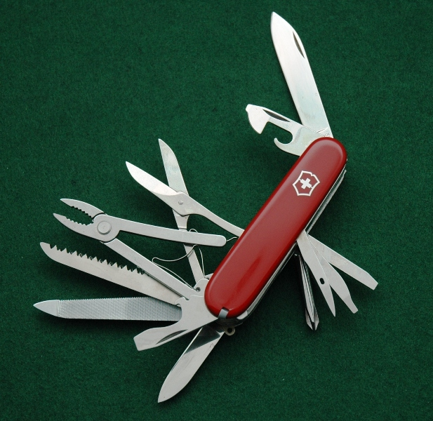 Victorinox Craftsman knife made c. 1987. This is the very first version of the Craftsman with the then-new pliers tool. This model has the original style pliers, only available for about 2 years (1986-1987).