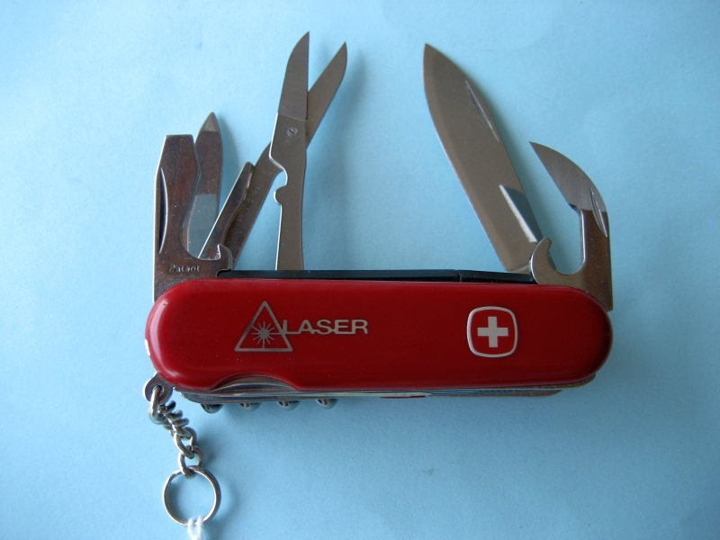 Wenger Laser Pointer with scissors European catalog 1 97 01
