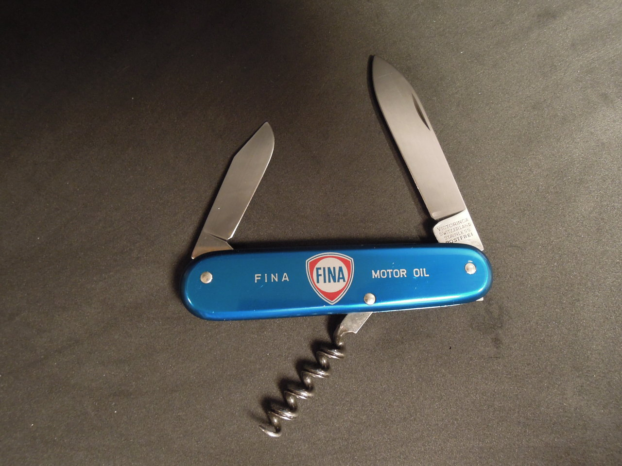 Victorinox Gourmet 84mm - pictures by Sneider