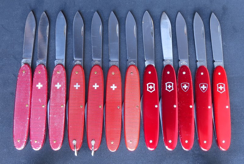 Alox 84mm: some shades of Official Red, Picture taken by Sneider @multitool.org
